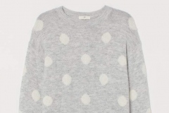 Knit Sweater H&M - https://www2.hm.com/en_us/productpage.0775996014.html