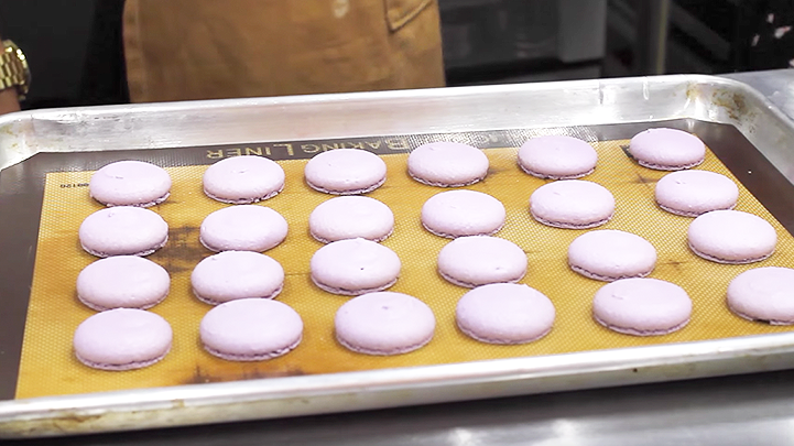 The colorful girls try for a day french macarons