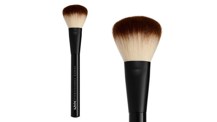 NYX Professional Makeup Powder Brush